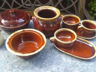lot of Bean Pot Stoneware   Mostly Hull Pottery Pieces