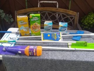 Dusters and Mops   Home Cleaning Supplies lot