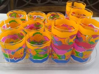 Set of Decorative Plastic Drinking Glasses and Tray