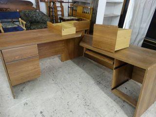 large Corner Office Desk Needs Assembled