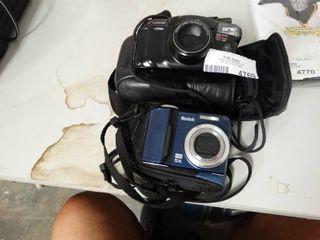 2 Cameras w  Bags