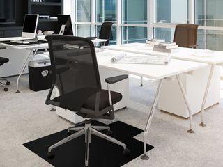 Advantagemat Black Vinyl lipped Chair Mat for Carpets   36  x 48