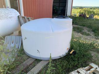 500 gallon poly tank