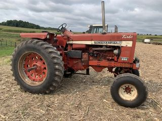 International Farmall 856 Tractor