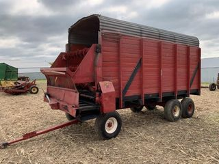 Meyers 16' Wood Sided Chopper Box