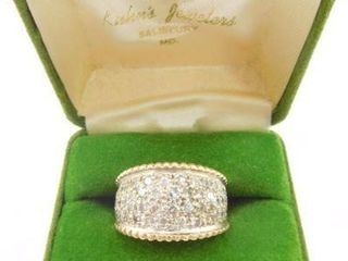 Lot #7: 14k ladies tapered dome style ring