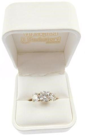 Lot #8: 14k ladies 3 diamond ring: (14k yellow
