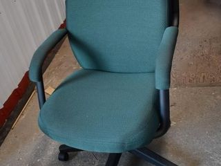 Rolling Office Chair *LY