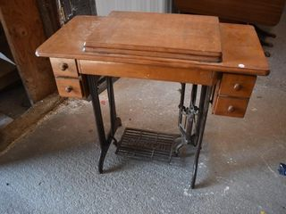 Singer Cabinet Sewing Machine *LY