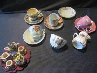 Demitasse Cups/Saucers