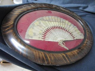 Oval Frame with Fan