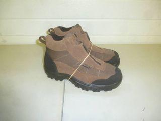 Guide Gear Zipper Boots Size 8 1/2