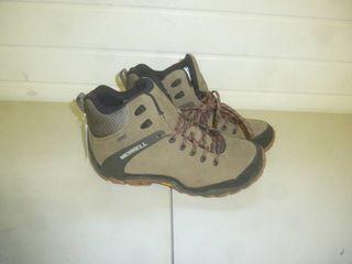 Merrell Wolverine Boot Size 10 1/2