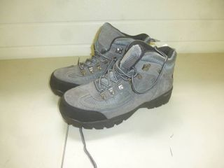 Itaska Boots Size 11