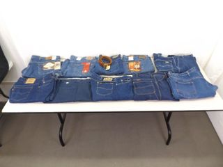 Lot of 10 NEW With Tags Large Mens Levis Jeans, Lee Jeans, etc.