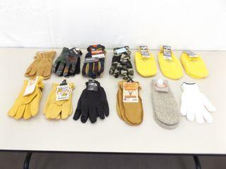 13 Pairs of Mens NEW Winter Gloves, Work Gloves, etc.