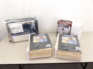 Lot of 4 NEW Comforters and Blankets