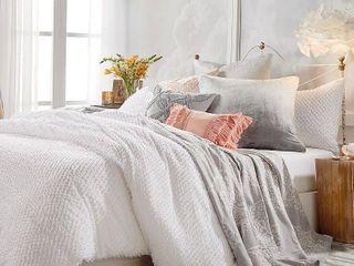 Peri Home Dot Fringe Duvet Cover  Size Full Queen   White