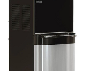 Brio Water Tap 47  tall  Black   Crome