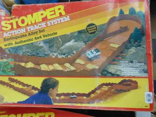 Stomper action track system   original box   Earthquake valley
