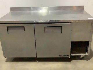 True Rolling Refrigerator TWT-67