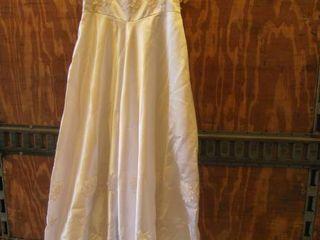 Wedding dress with train  vail underskirt and beaded headband
