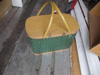 Vintage picnic basket 11 W x 18 l x 11 D