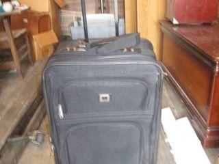 expandable luggage 25  x 18
