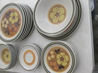 Acsons stone ware dishes