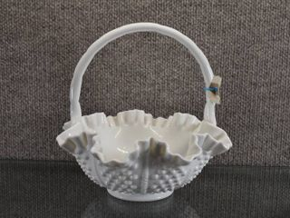 Vintage Fenton Milk Glass Hobnail Basket Ruffled Edge   8