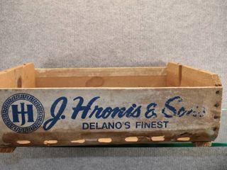 Vintage J  Hrones Delano s Finest Wood Crate   Fruit Vegetable Crate   13 1 2  x 17 1 2