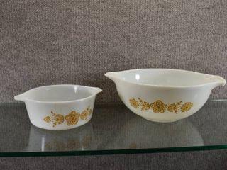 lot of 2 Vintage Pyrex Princess Bowl Butterfly Pattern   2 1 2 Qt   1 1 2 Pt