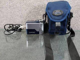 Vintage Polaroid Digital Video Camcorder   8 3mm F3 0