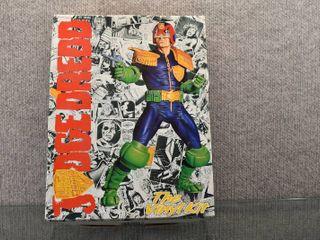 Vintage Halcyon Judge Dredd Vinyl Kit   Unassembled   Pieces in Sealed Bag