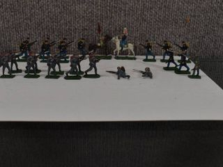 lot of 26 Cast Metal American Civil War Toy Figurines   1 25  to 2 25  Tall