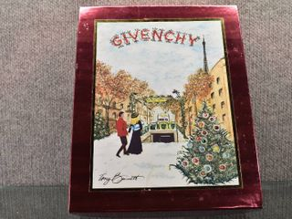 Givenchy D amarige Extravagance Perfume Christmas Gift Set   Box   9 25  x 11 5