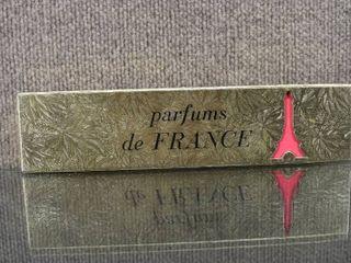 les Parfums De Paris 10 Miniature Perfume Bottles in Gold Foil Box   Made in France   Box   2 75  x 11