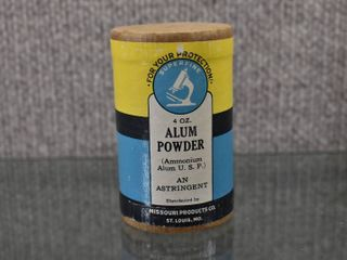 Vintage Alum Powder Missouri Products Co    4 oz