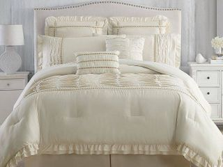 Modern Threads Chateau 8 piece Comforter Set  King   Retail 86 80
