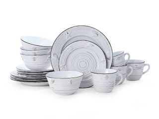 Pfaltzgraff Trellis White Coastal 16 piece Dinnerware Set  Service for 4