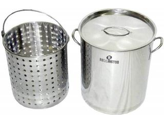 36Qt Stainless Steel Stock Pot with Steamer Basket  Retail 77 48