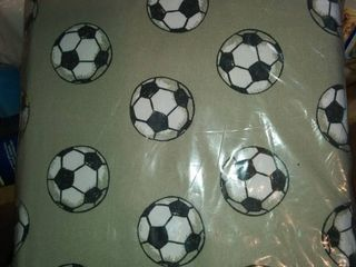 full size sheet set with soccer balls design