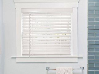 Set of 3  CHICOlOGY Cordless Faux Wood Blind  Basic White