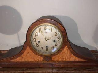Beautiful Antique New Haven Clock Co  Tambour Mantel Clock