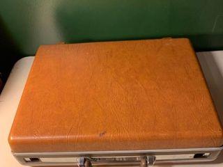 Vintage Hardshell Brown Samsonite Briefcase With Combination 2D