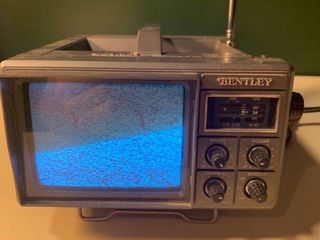 Bentley Portable TV Model 4500 1C