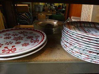 lot of Asst Dinner Plates