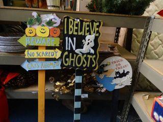 Halloween Signs Decor
