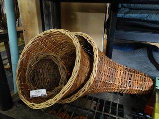 3 Cornucopia Baskets