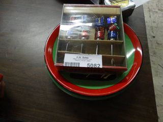 Asst Christmas Plates and Spreaders